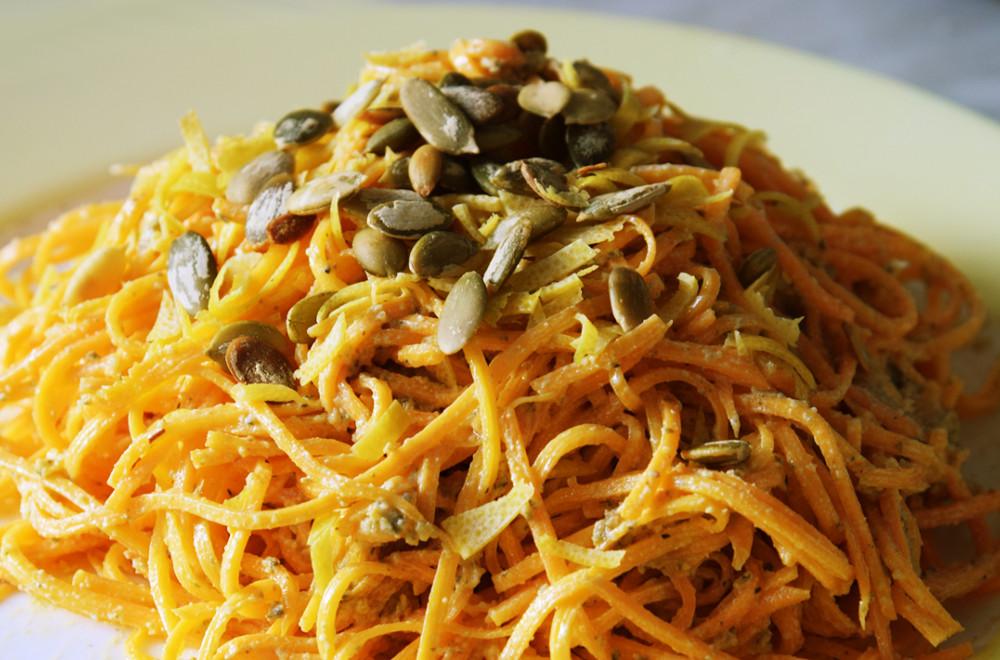 Салат с мясом и корейской морковью — Кореечка