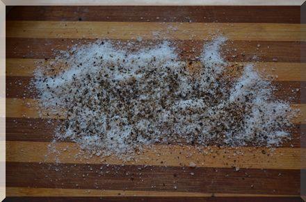 соль и перец для засолки сала по-украински