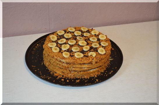 торт медовик по-домашнему готов