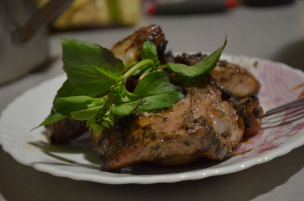 Куриные крылышки на мангале. Рецепт маринада со сливой