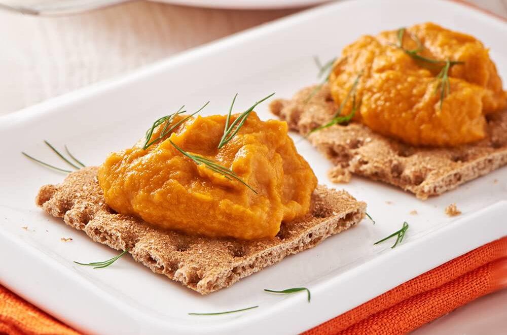 Зимний салат рецепт с мясом и свежими огурцами