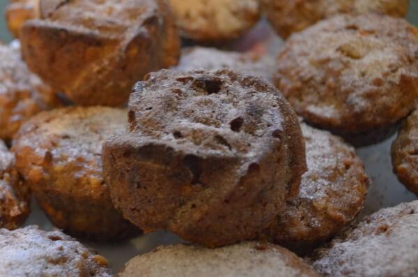 Кексы с тыквой, яблоком и грецкими орехами