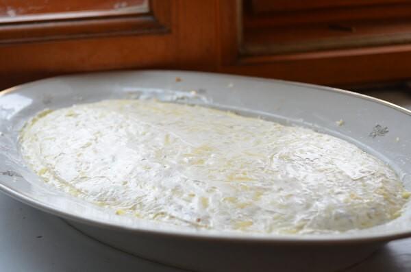 Следующий слой - картошка с майонезом