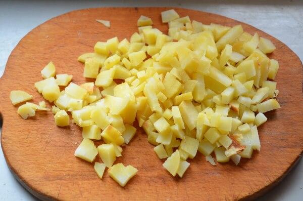 Нарежем картофель