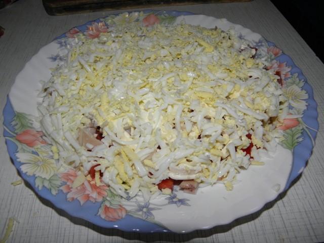 третий слой для салата из кальмаров с грибами